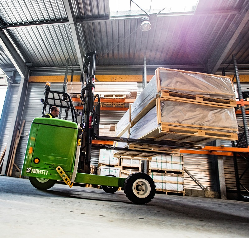Hiab Will Deliver Its MOFFETT Forklifts to Topps Tiles