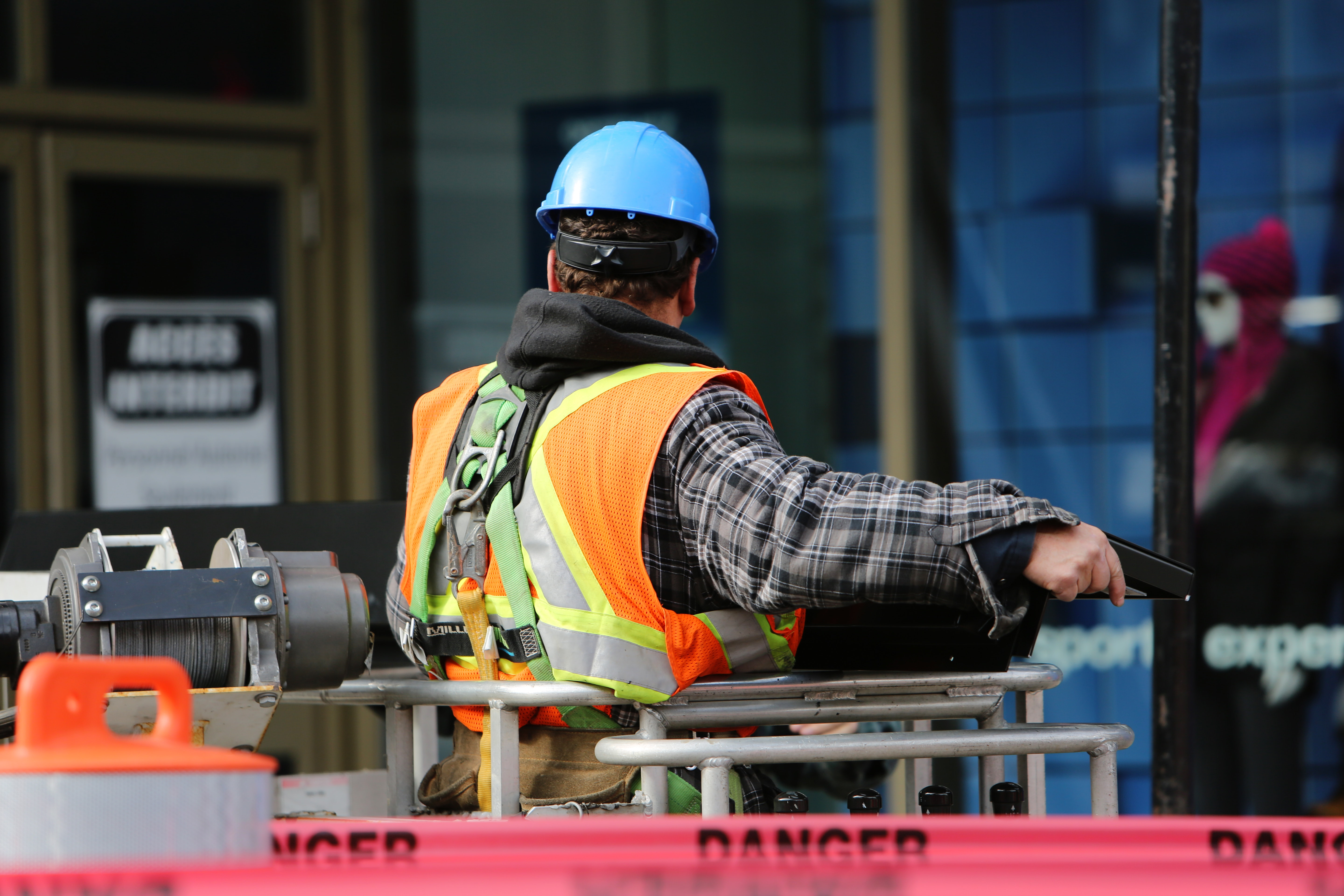 COSAC BECOMES FIRST TO OFFER ONLINE CSCS TRAINING