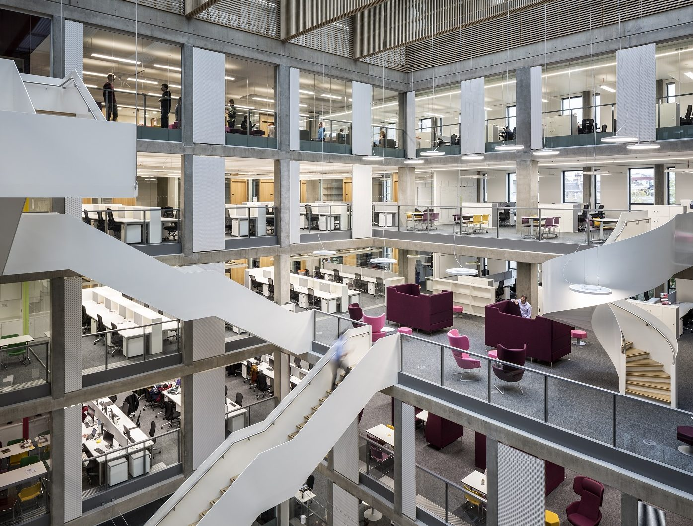 Indeglas successfully completes interior glass installation at University of Edinburgh's The Bayes Centre at Potterow brings recent contract awards to over £840k