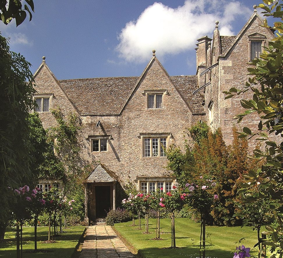Carter Jonas Secures Planning for the Conservation of William Morris' Historic Oxfordshire Home