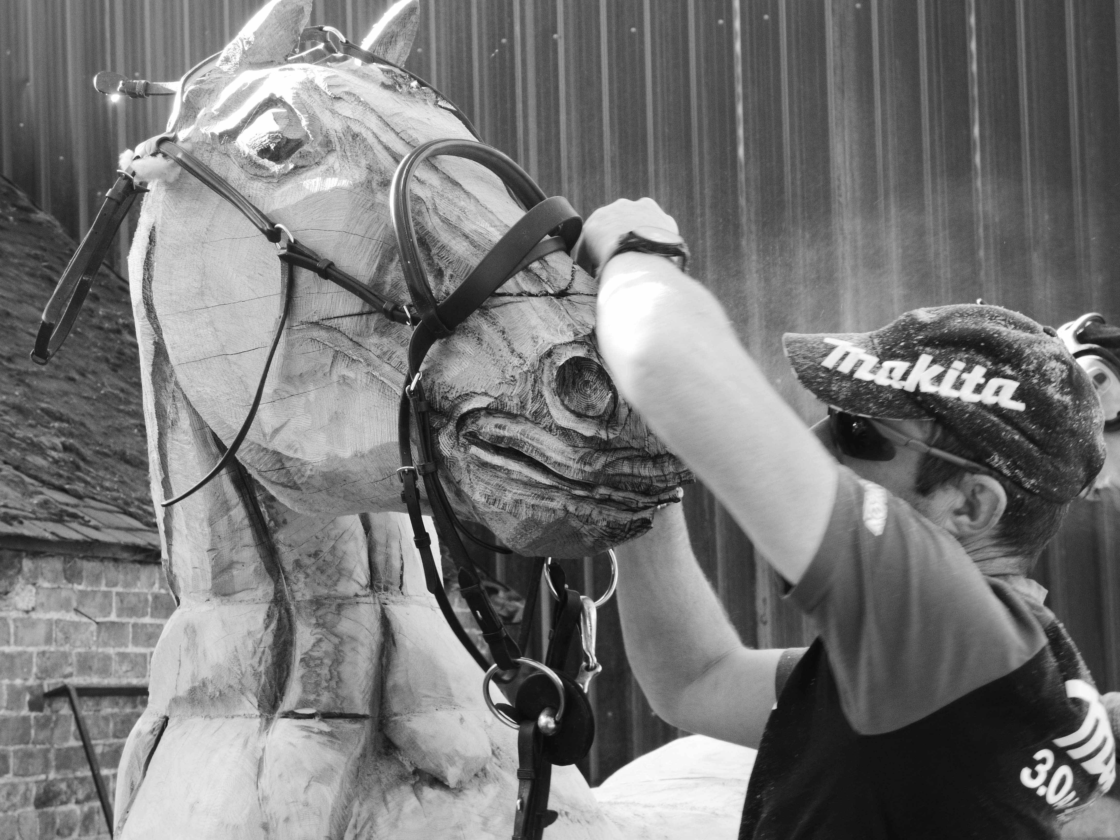 MAKITA CHAINSAWS HELP TO CREATE THE WONDERFUL WAR HORSE STORY