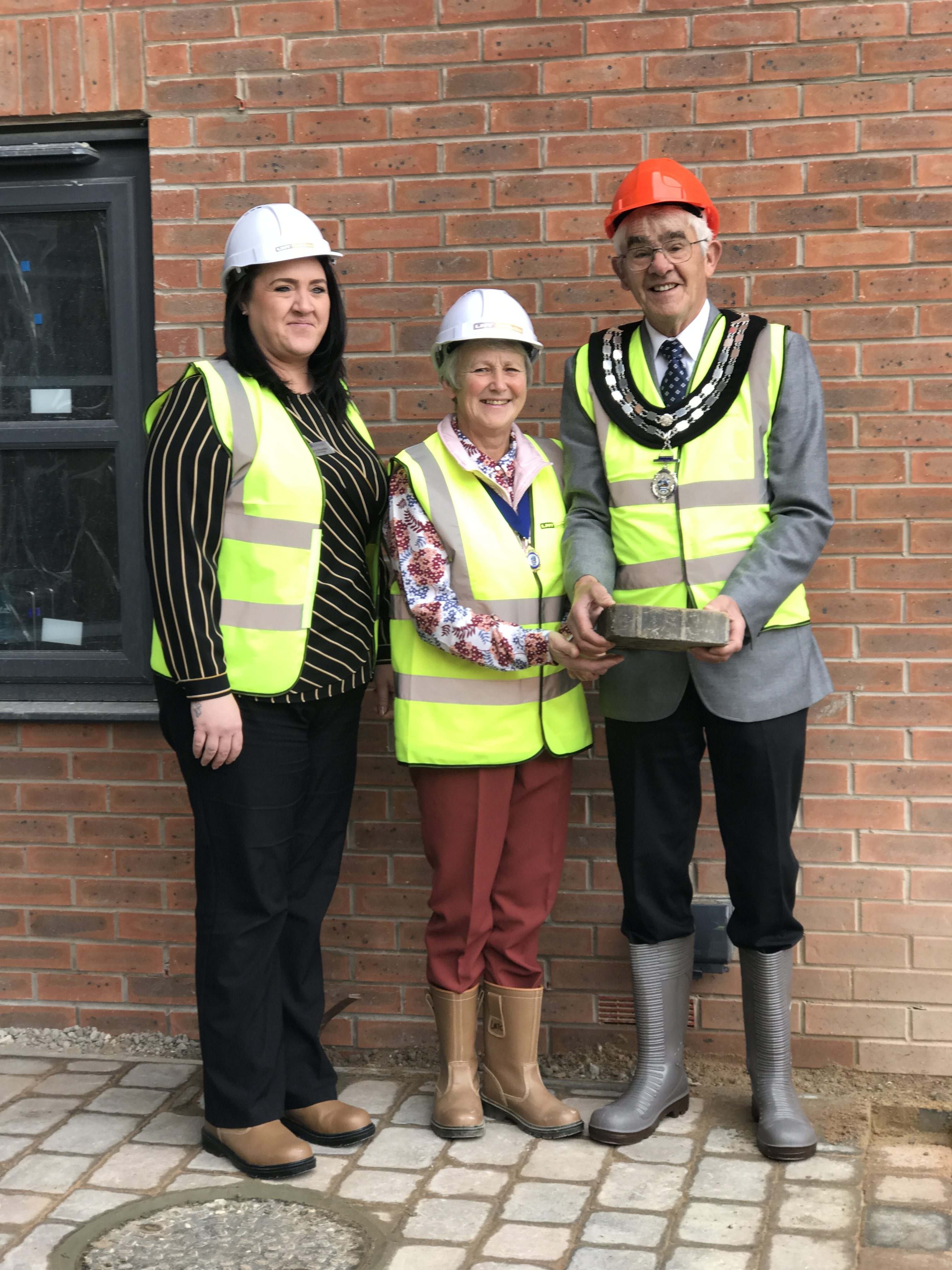 MAYOR OF WETHERBY MARKS FINAL STAGE OF CONSTRUCTION AT LOCAL CARE HOME