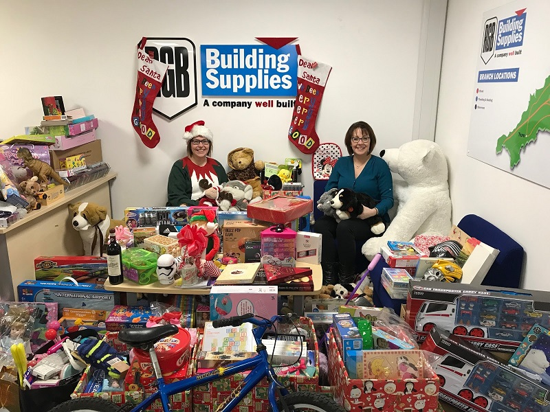 RGB Building Supplies Thank Customers for Christmas Present Appeal Donations