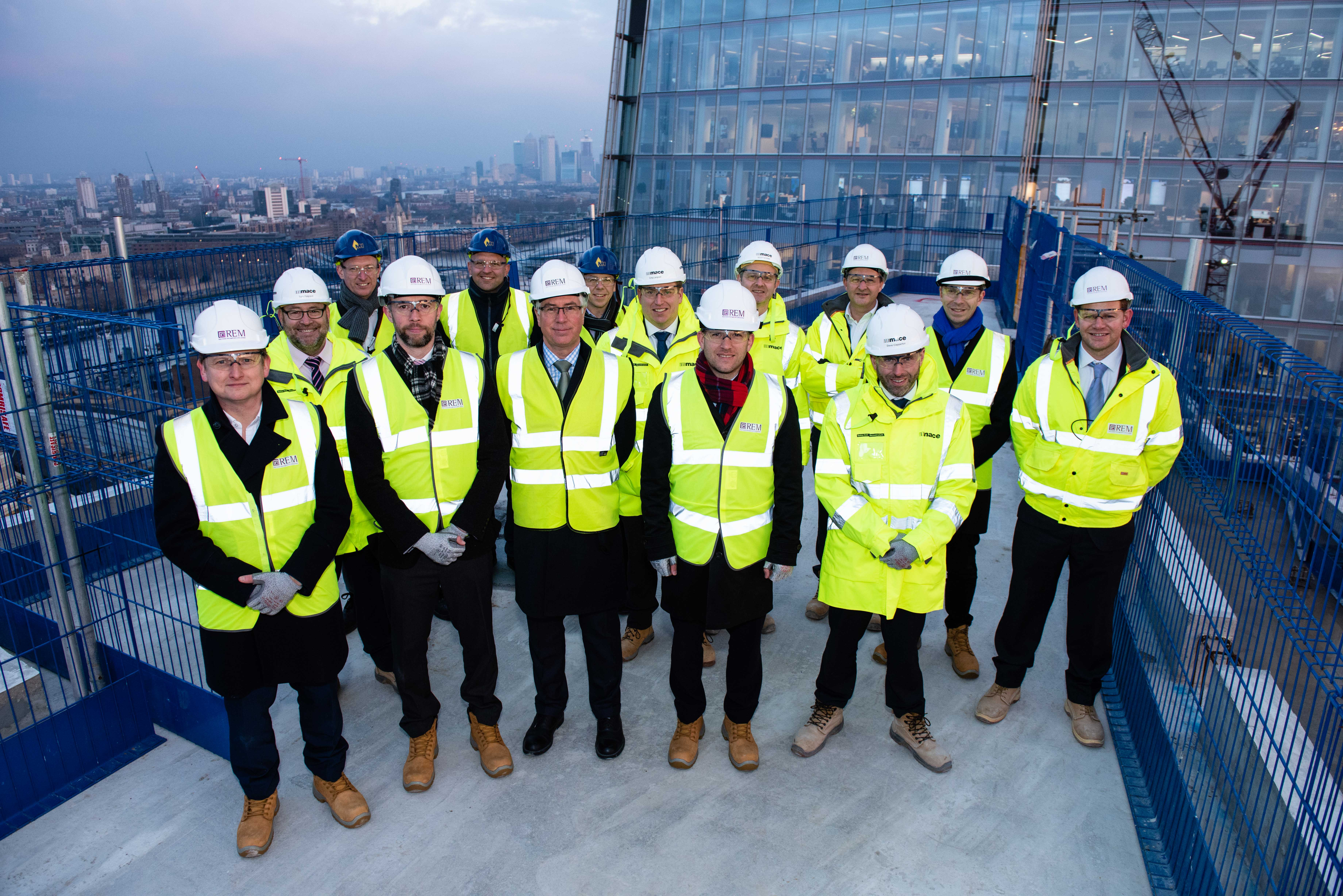 """REM AND SELLAR CELEBRATE SHARD PLACE """"TOPPING OUT"""" AS 26-STOREY RESIDENTIAL BUILDING REACHES ITS HIGHEST POINT"""