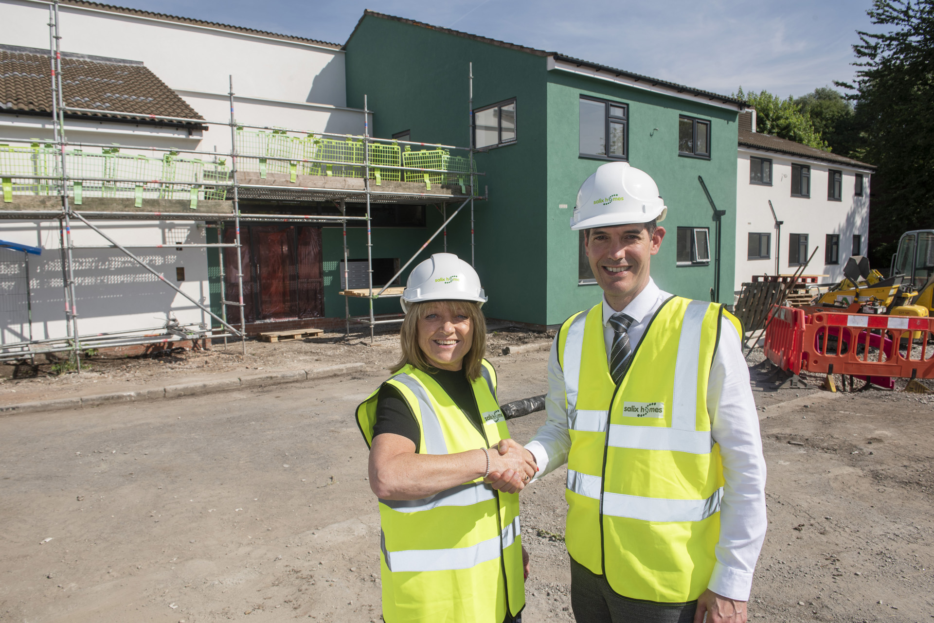 New homes for doctors and nurses to help plug acute staff shortage