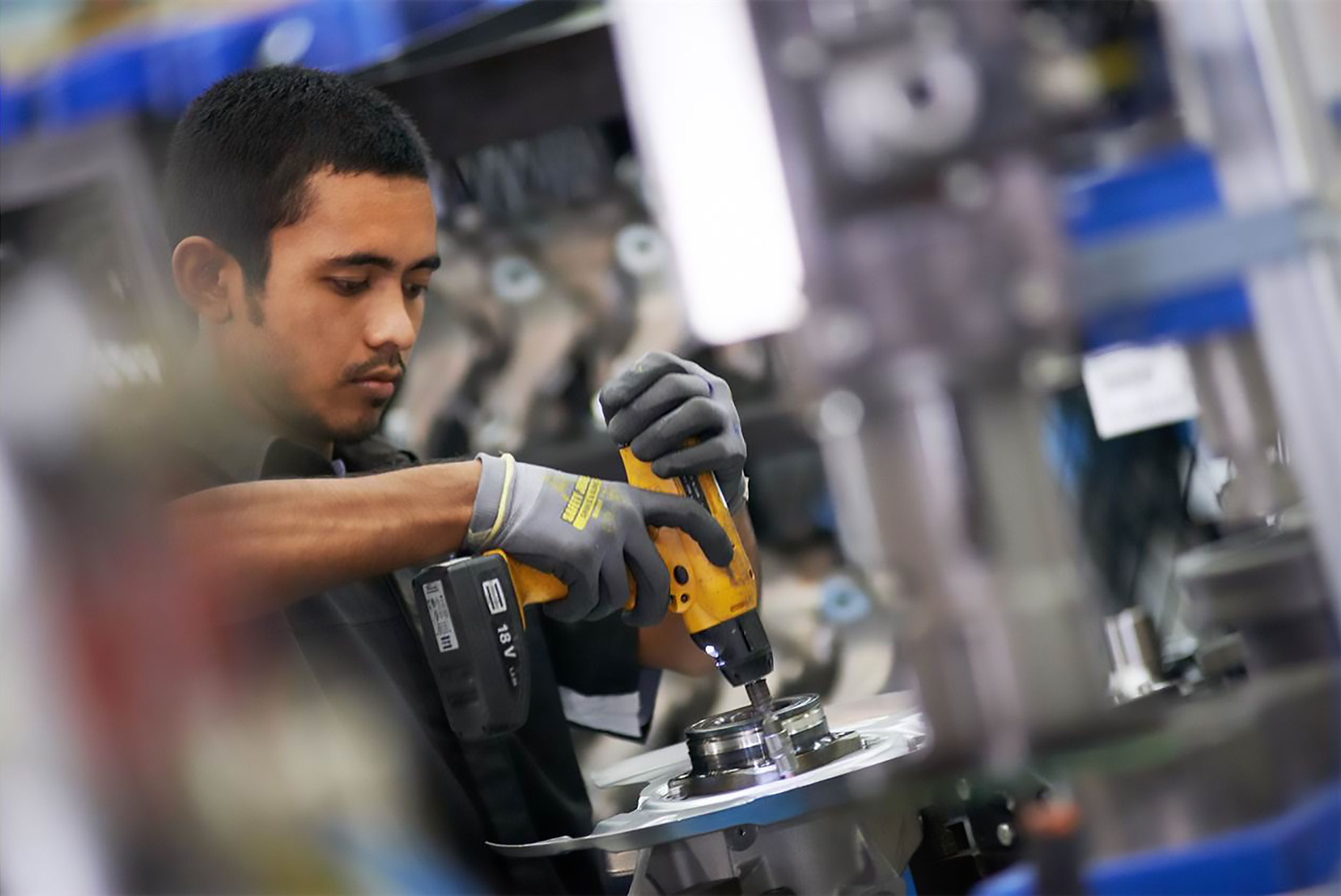 ZF Services UK expands its Off-Highway Service Centre capacity to reflect growing market demand