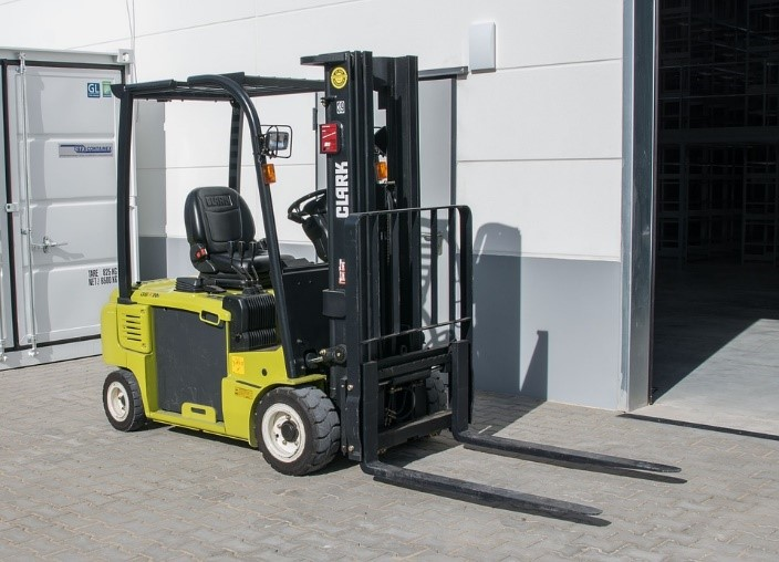 7 Buying Tips for Used Forklifts Listed for Sale