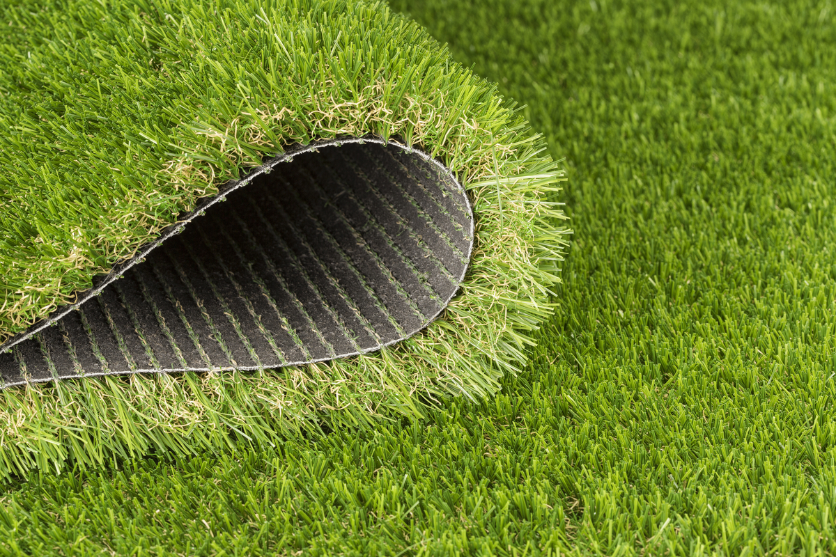 Why Autumn is the Best Time to Install Artificial Grass
