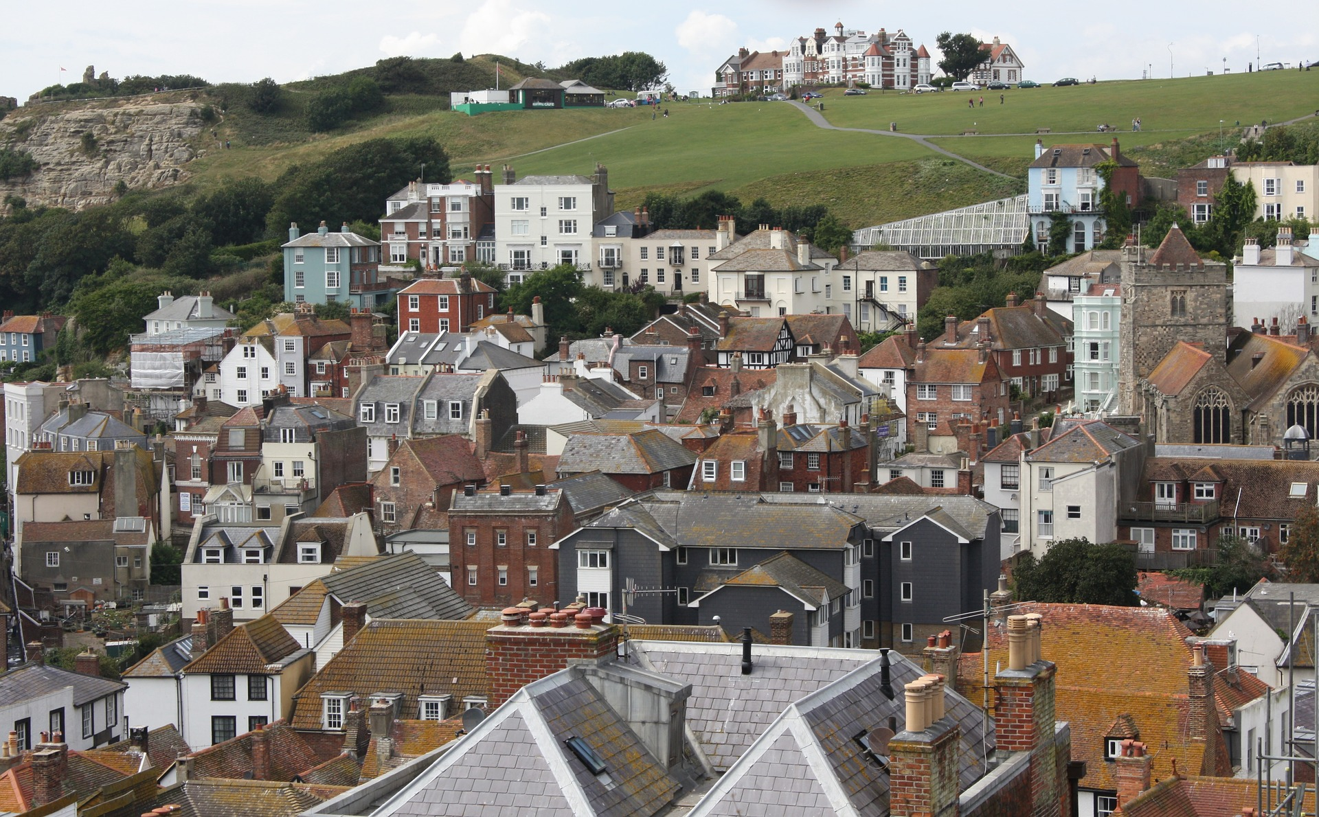 Programme to Improve Housing Associations and Tenants Relationships