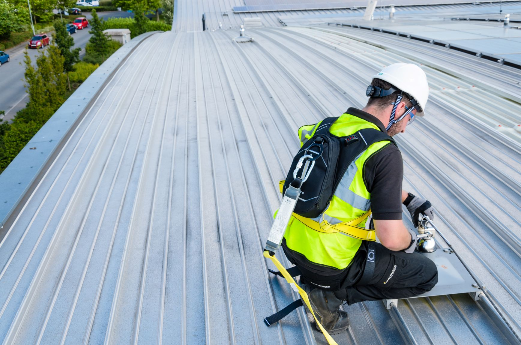 Fall protection cost-cutting: a step too far?