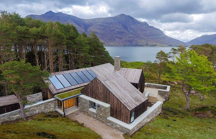 Viridian Solar Celebrates Role in RIBA House of the Year