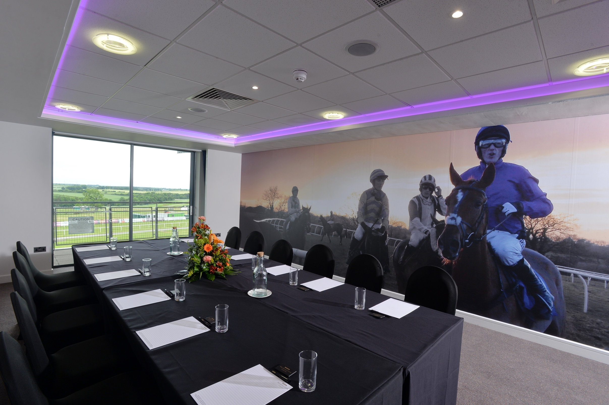 Racecourse unveils new restaurant and conference facilities