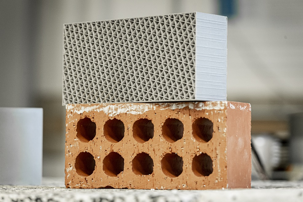 Bird nest inspires engineers to build  new bricks from plastic waste