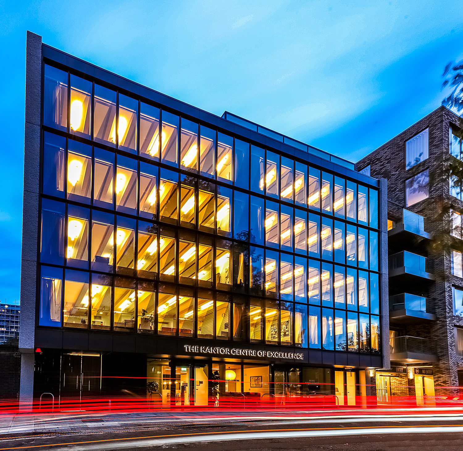 Kawneer glazing systems help bring spectacular aesthetic to a new London HQ