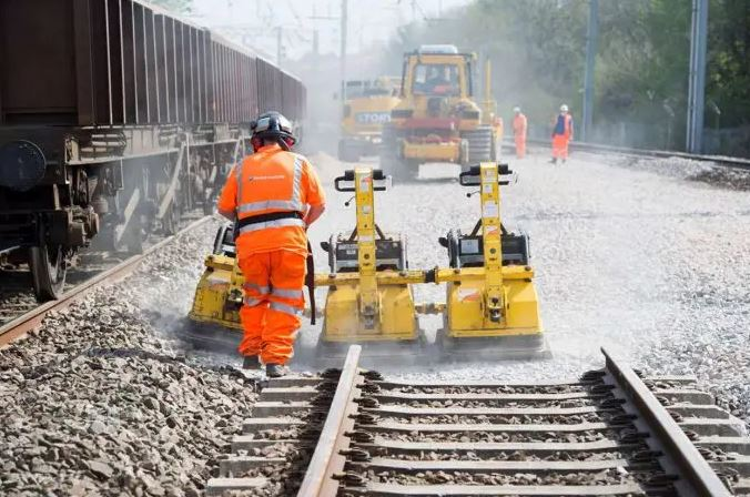 17km of railway track to be replaced on the West Coast Main Line