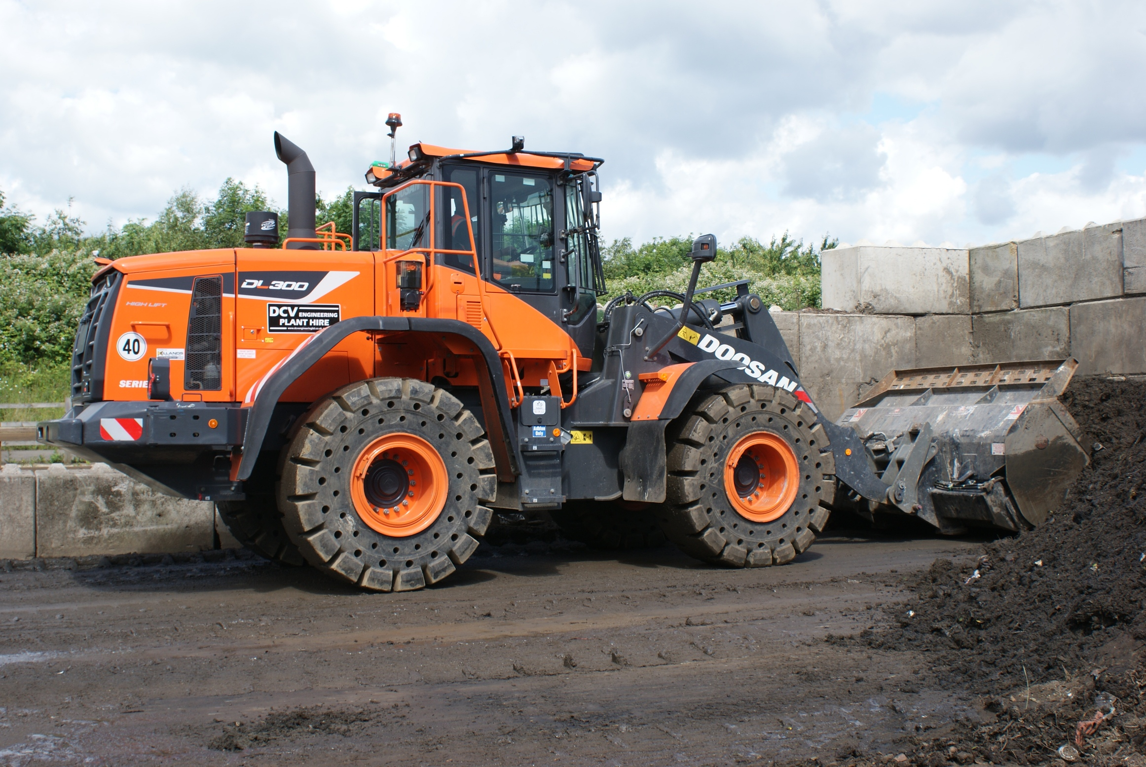 DCV Engineering Purchases First Doosan Wheel Loader