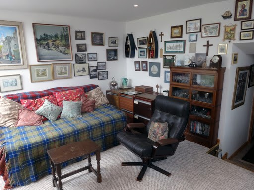 Trick Your Eyes: 4 Magic Tips to Make Your Small Space Look Spacious