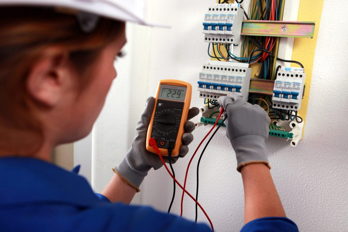 SELECT Hails Rise in Female Electrical Training with new Film
