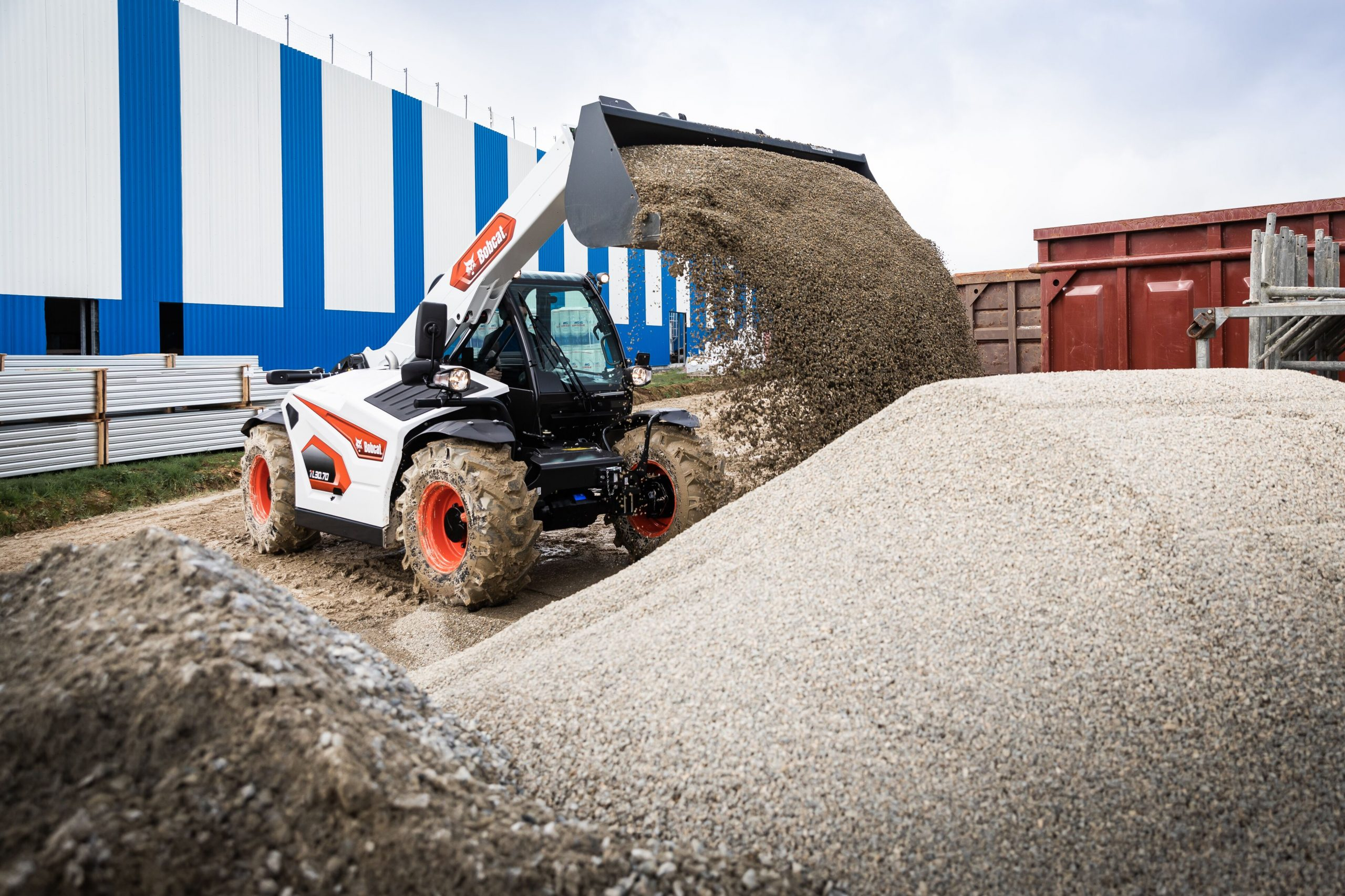 New Stage V Telehandlers and Track Loaders from Bobcat