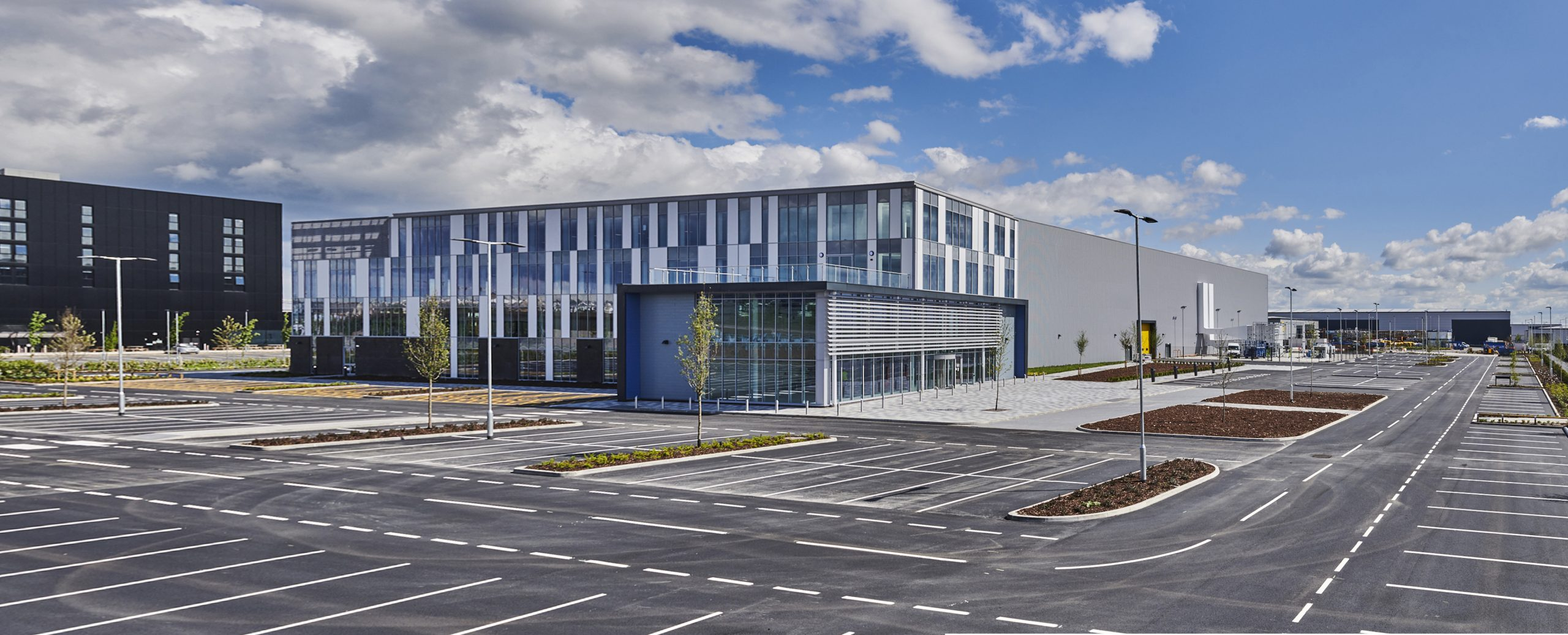 New world leading Global Technology Centre for GKN Aerospace handed over at premier south west development