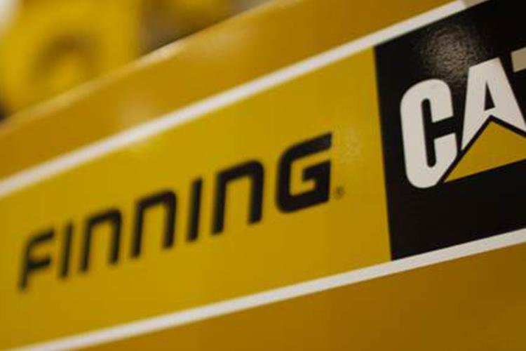 Gold standard award for Finning for support of armed forces