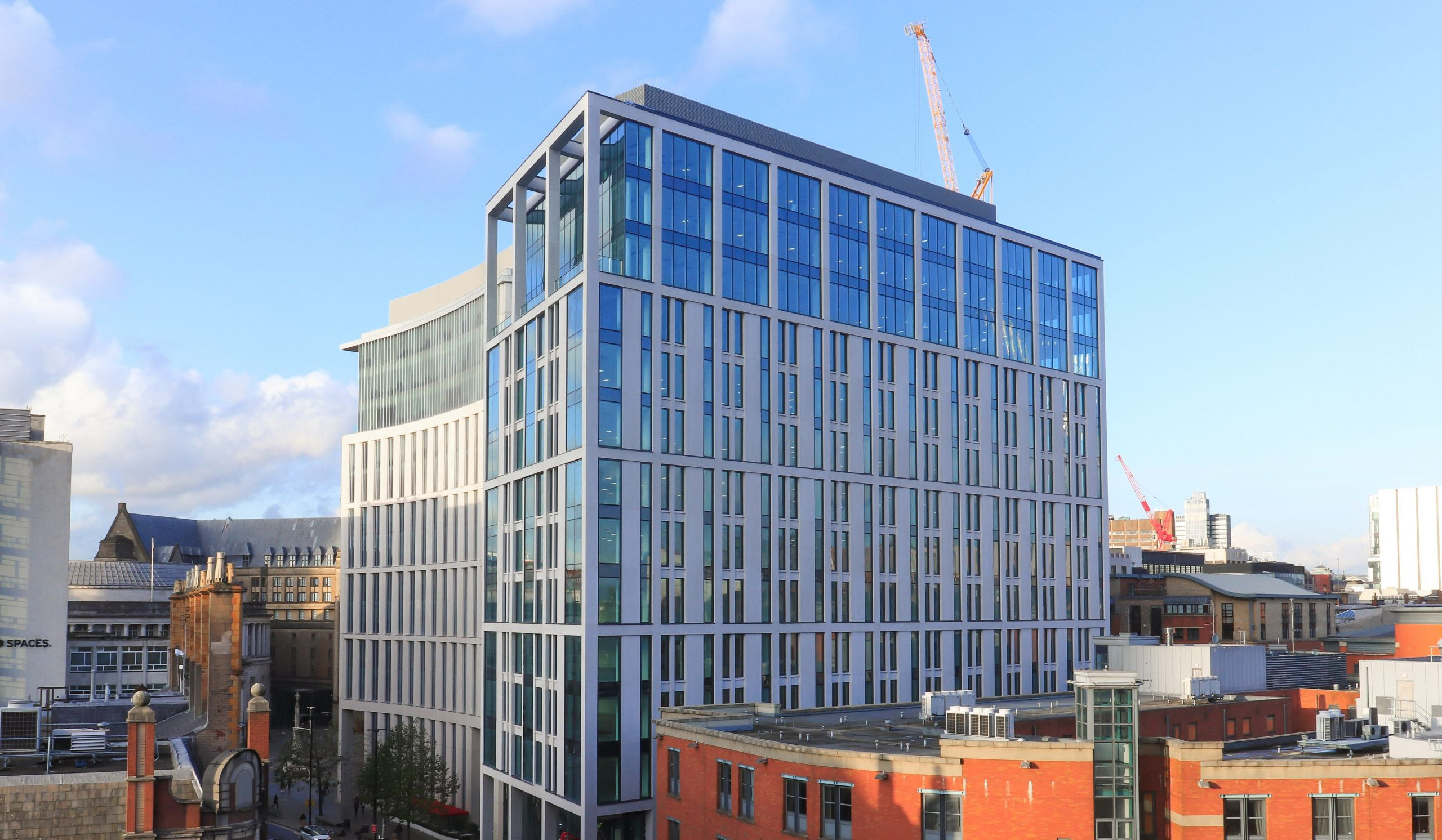 BARINGS SHOWCASES TOUCH-FREE MANCHESTER OFFICES