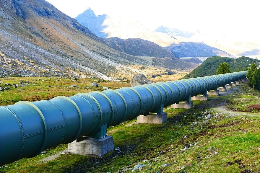The Importance of Pipeline Repair Services