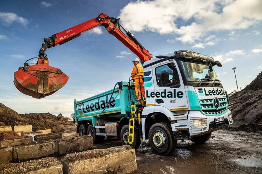 Leedale grabs another pair of MirrorCam-equipped 8x4 Arocs from Mercedes-Benz Dealer Rygor