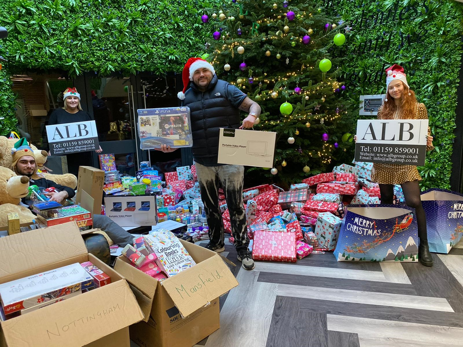 ALB Group Delivers Christmas Cheer