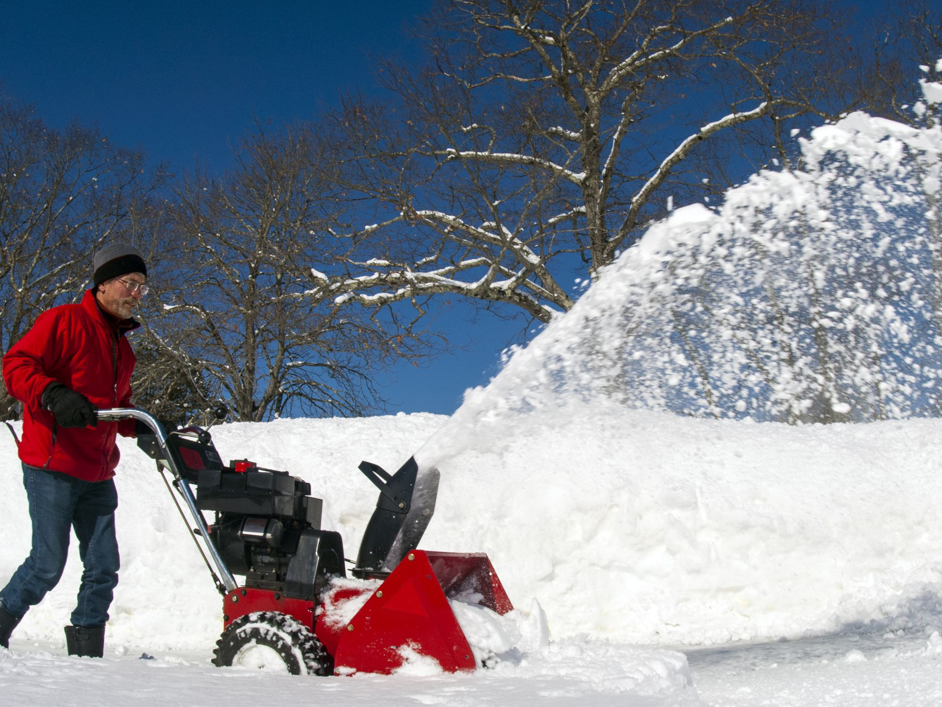 How to easily maintain your snow blower