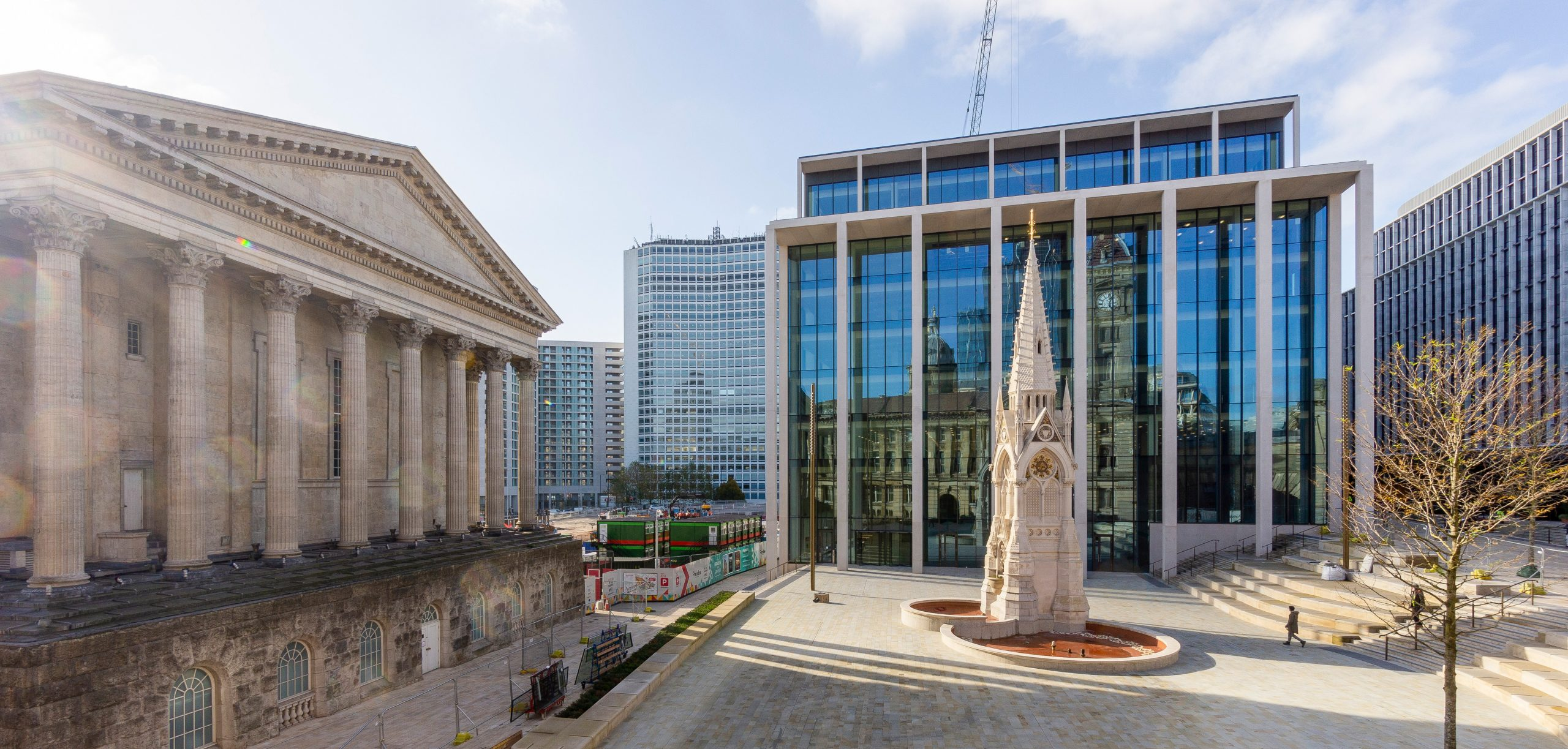 DLA Piper appoints Overbury to deliver £4.7m office fit out