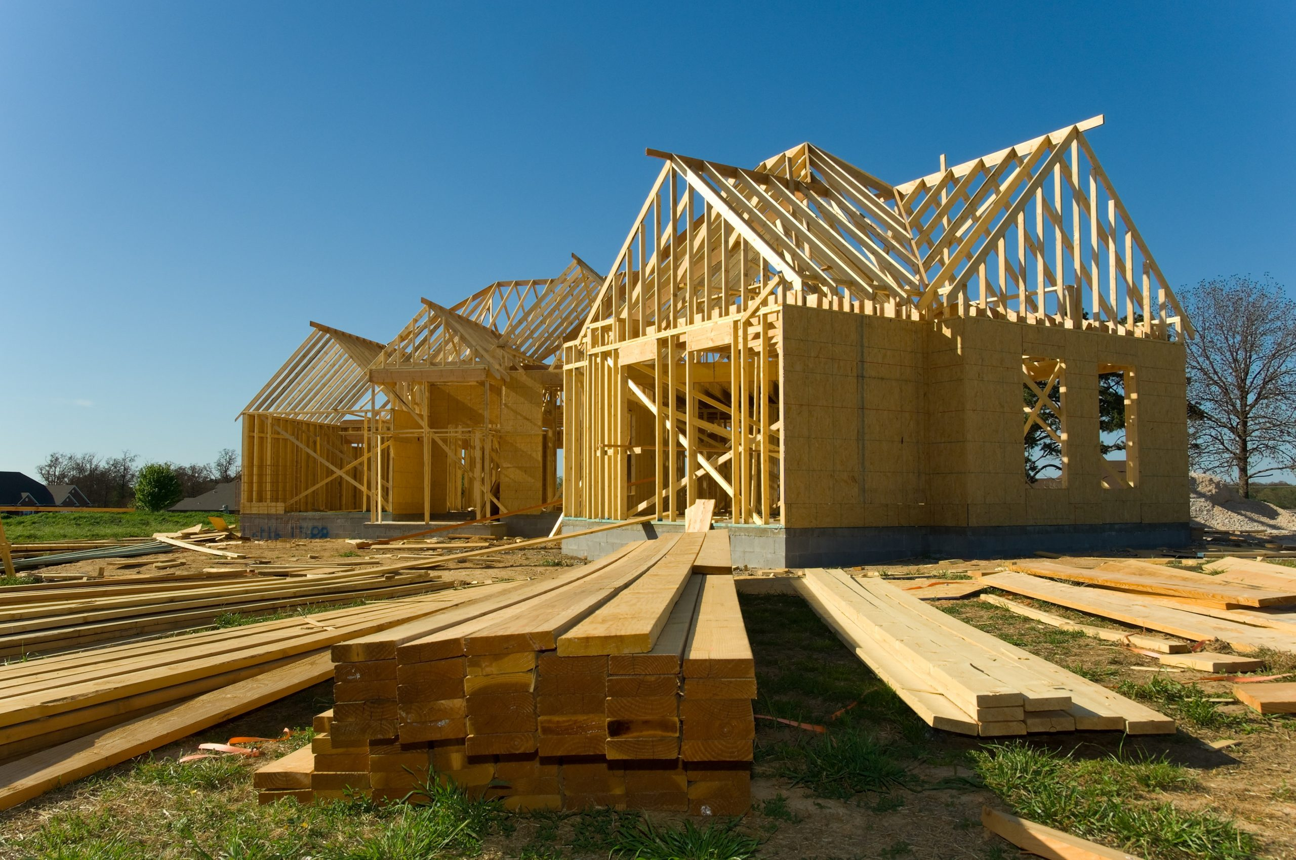 4 Reasons People Are Building Houses Themselves