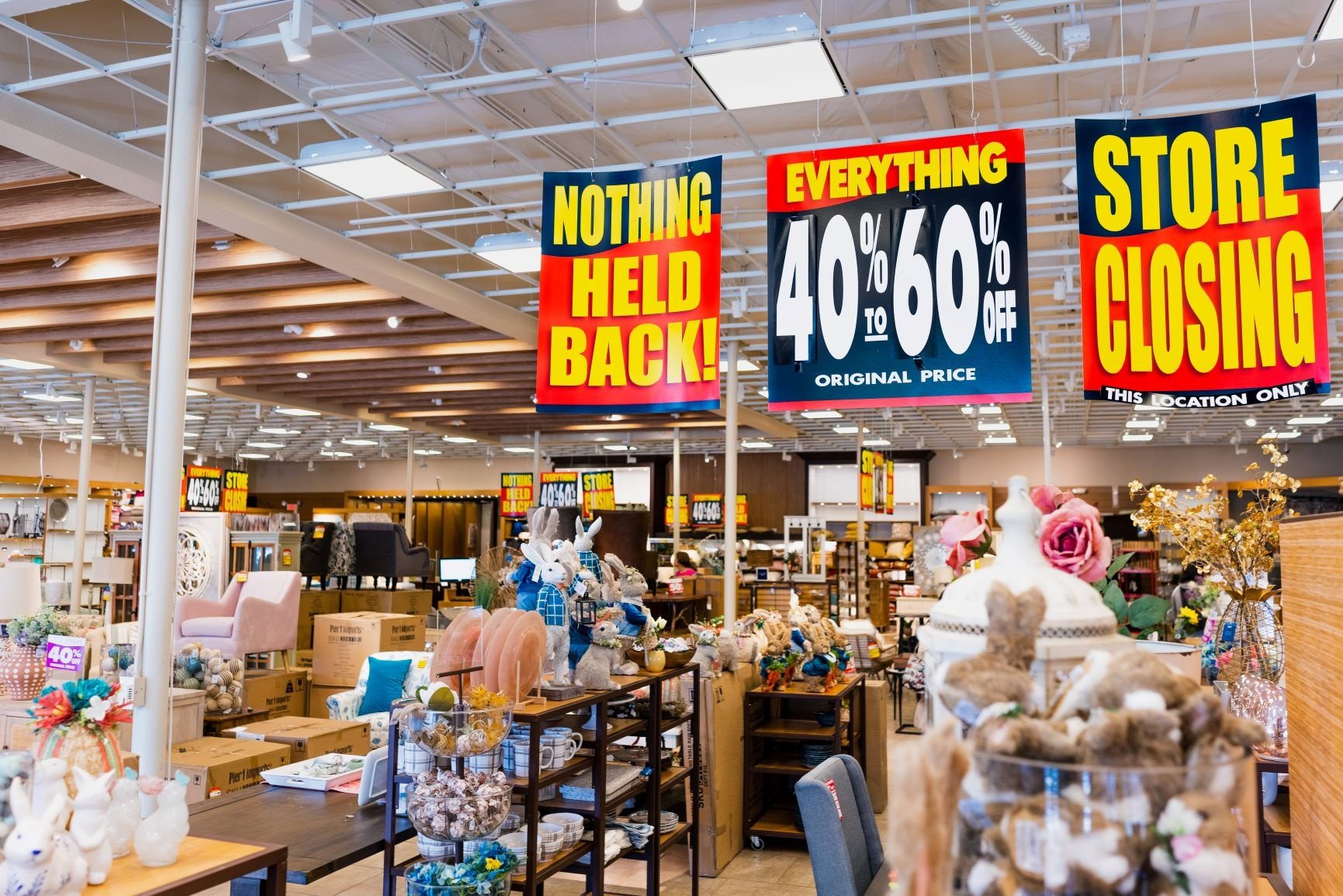 Where Does Stock Go When Retailers Go Bust?