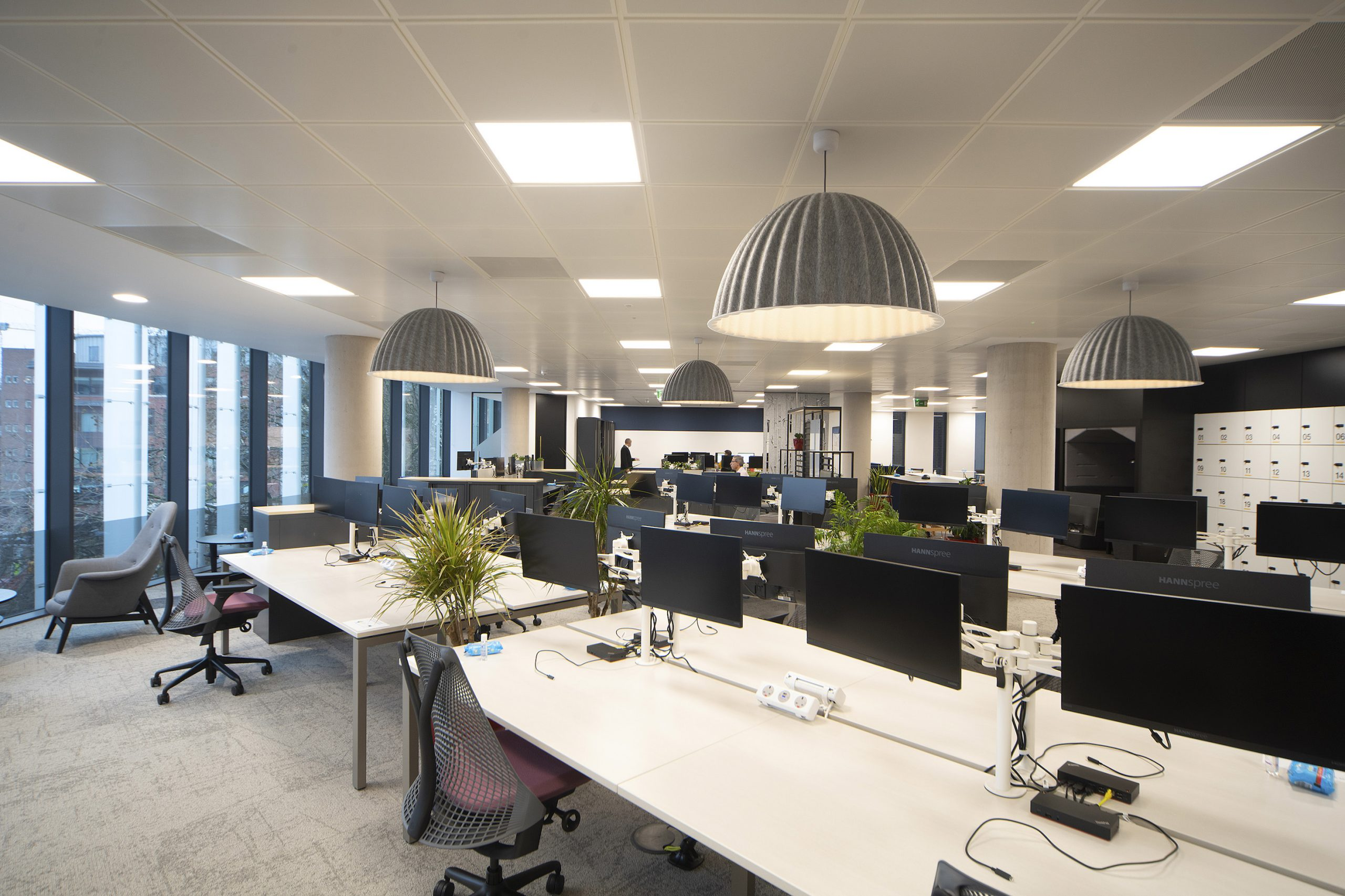 BLUEPRINT INTERIORS COMPLETE OFFICE FIT FOR GLEEDS BRISTOL