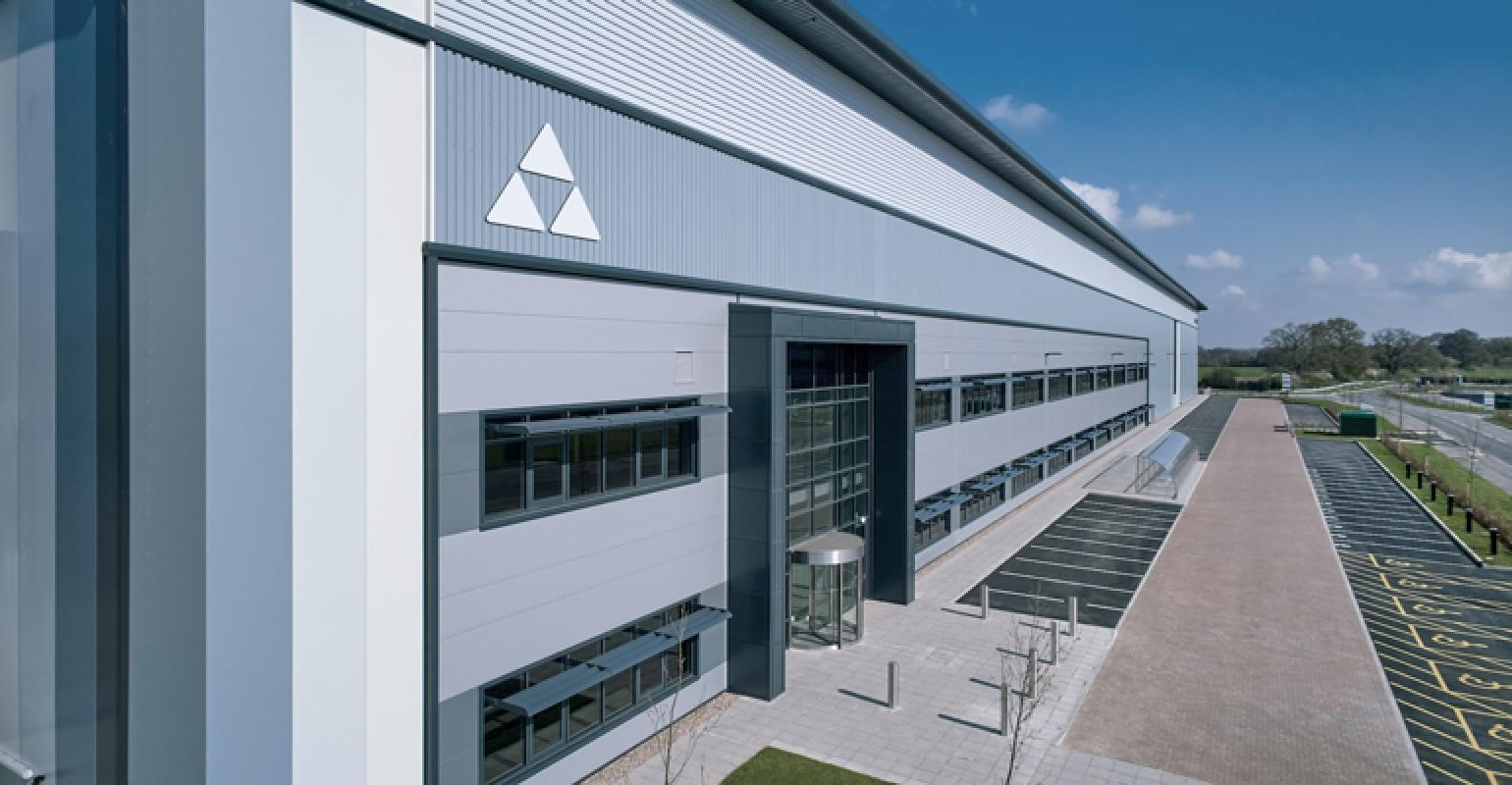 Ocado Group awards Glencar online grocery fulfilment centre fit out contract.
