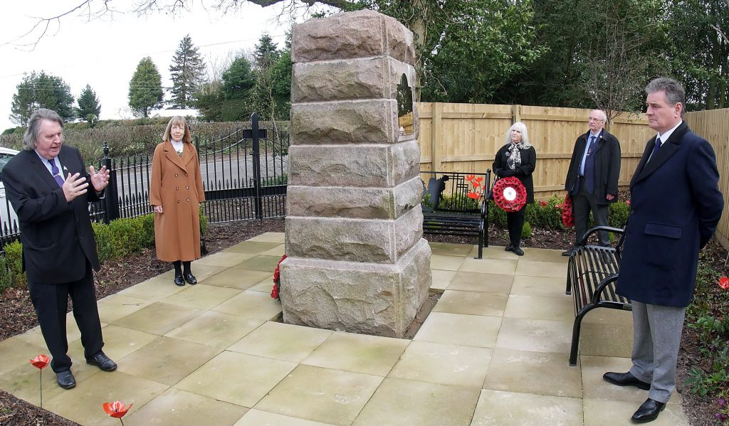 BUILDER RESTORES WW1 MEMORIAL TO FORMER GLORY 100 YEARS ON