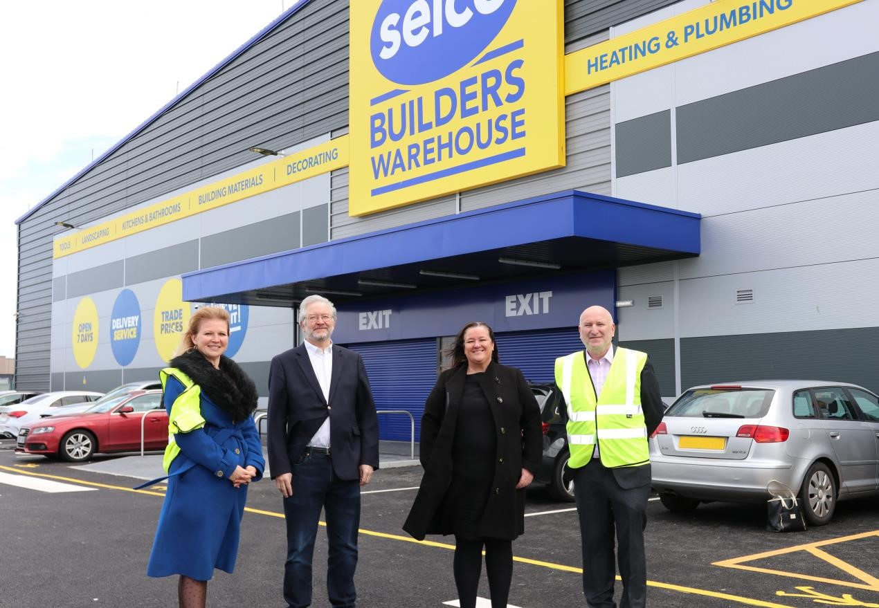 MP visits new Selco Liverpool branch