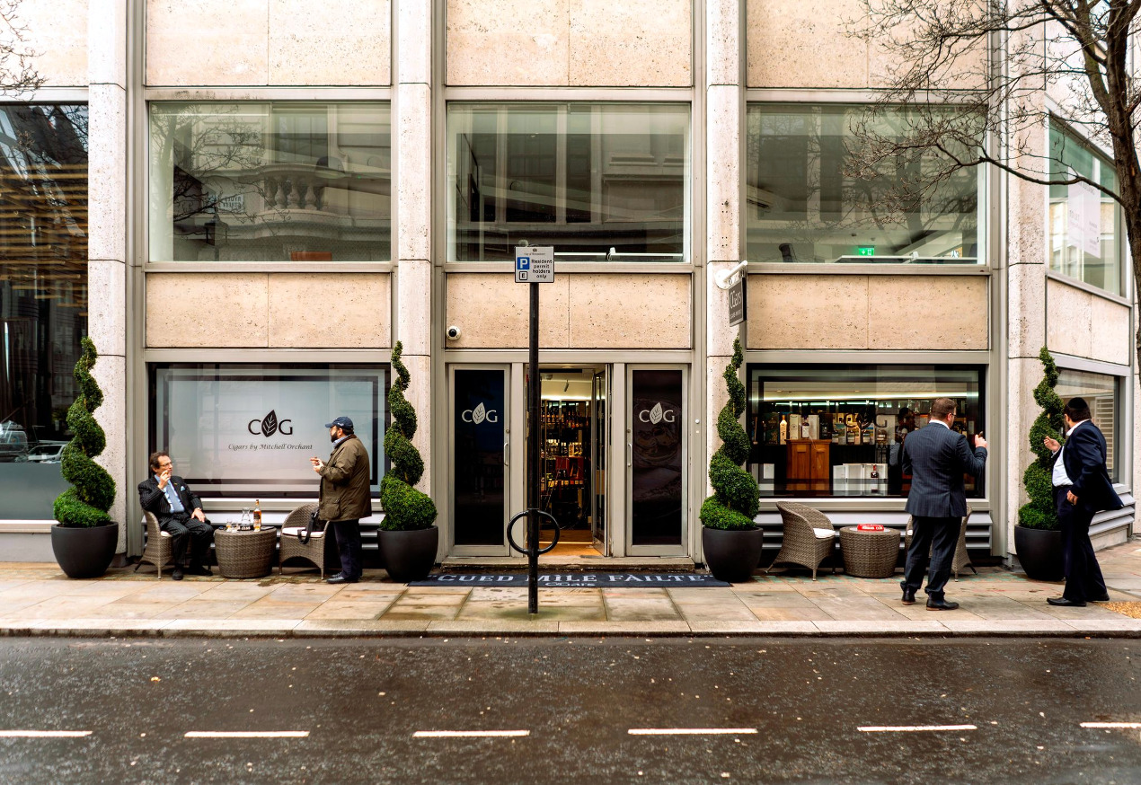 Listed Building retail fit-out in St James's London for flagship store.