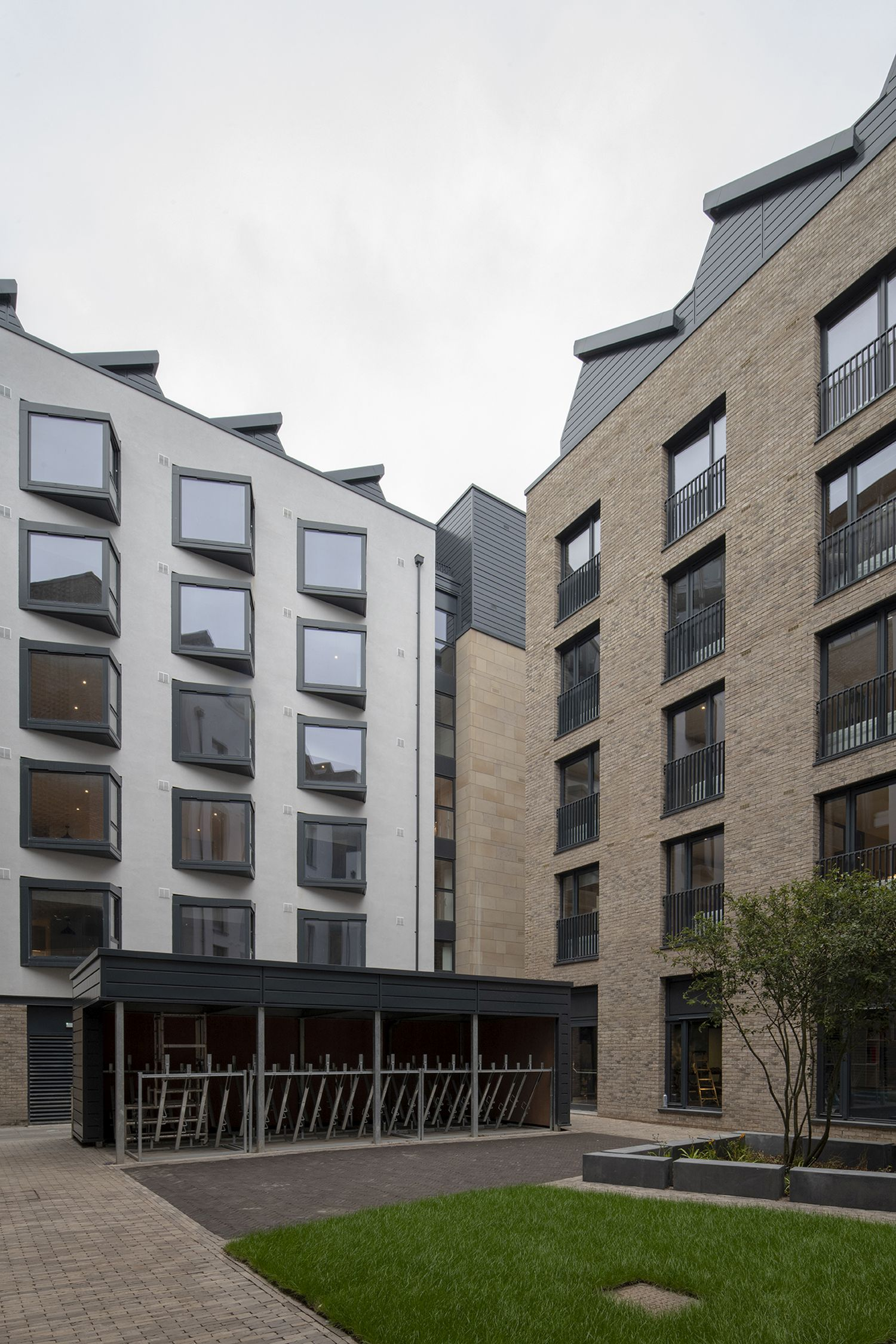 STO external wall INSULATION and render SPECIFIED FOR THE Award-Winning Development in Edinburgh's Old Town