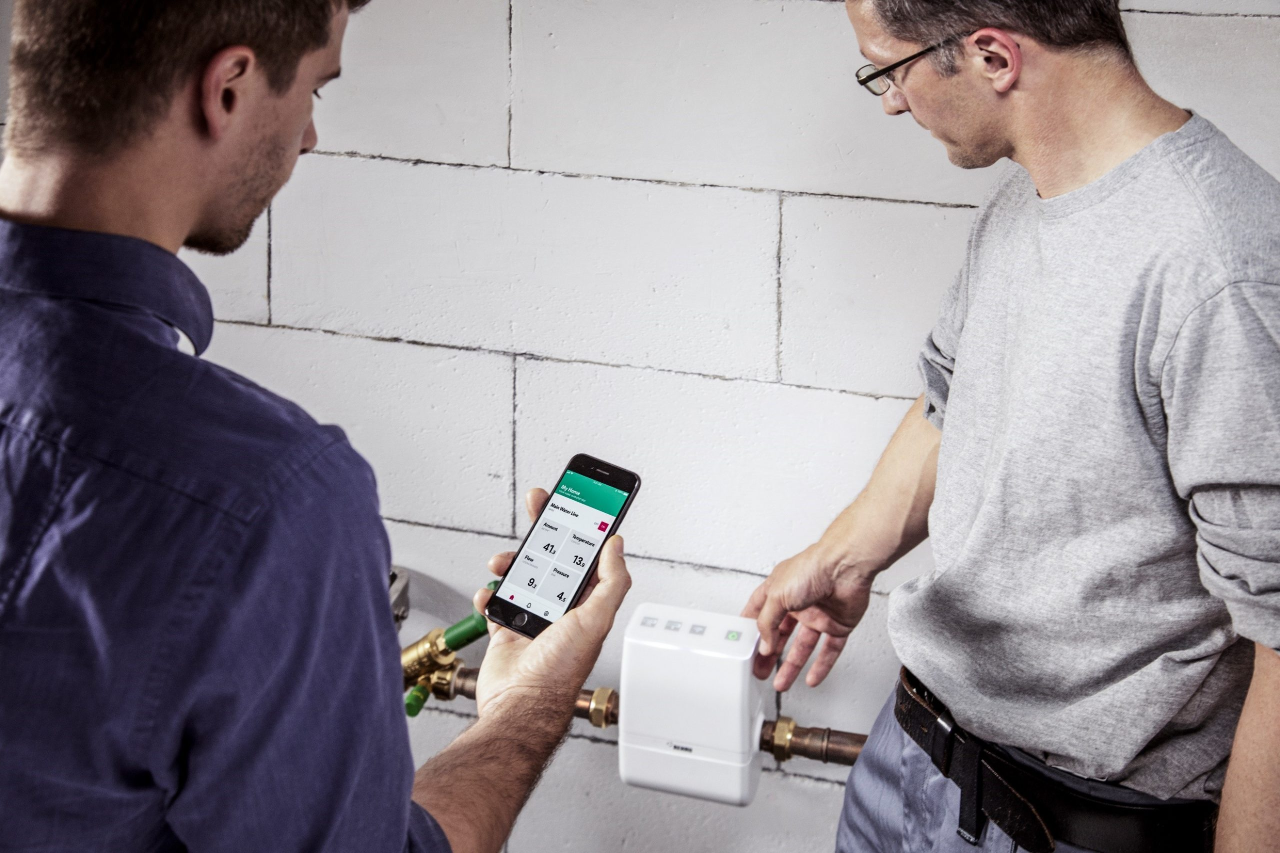 Commercial building professionals urged to consider ultrasonic technology to end water damage woes