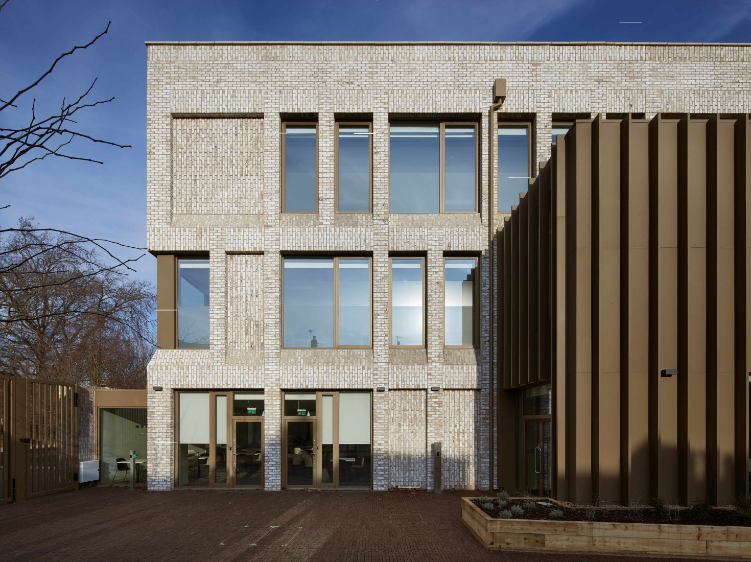 Reds10 and Jestico + Whiles complete new Imperial War Museums' London staff hub setting new standards for modular off-site construction