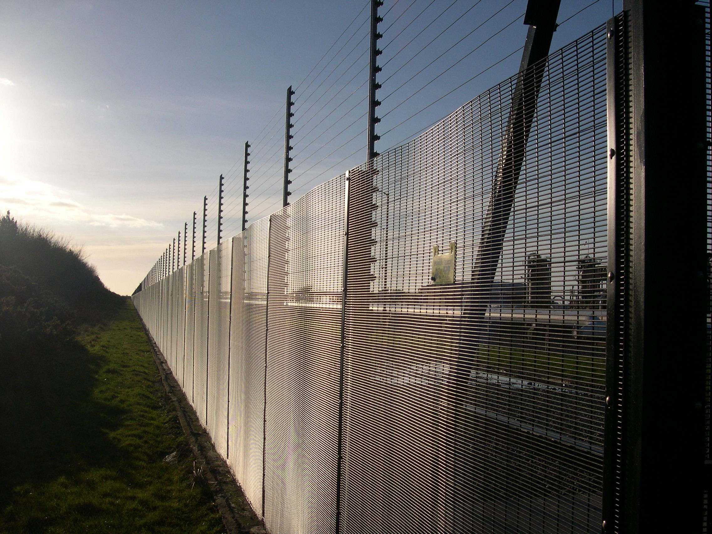 Perimeter security solutions without the hassle from Berry Systems
