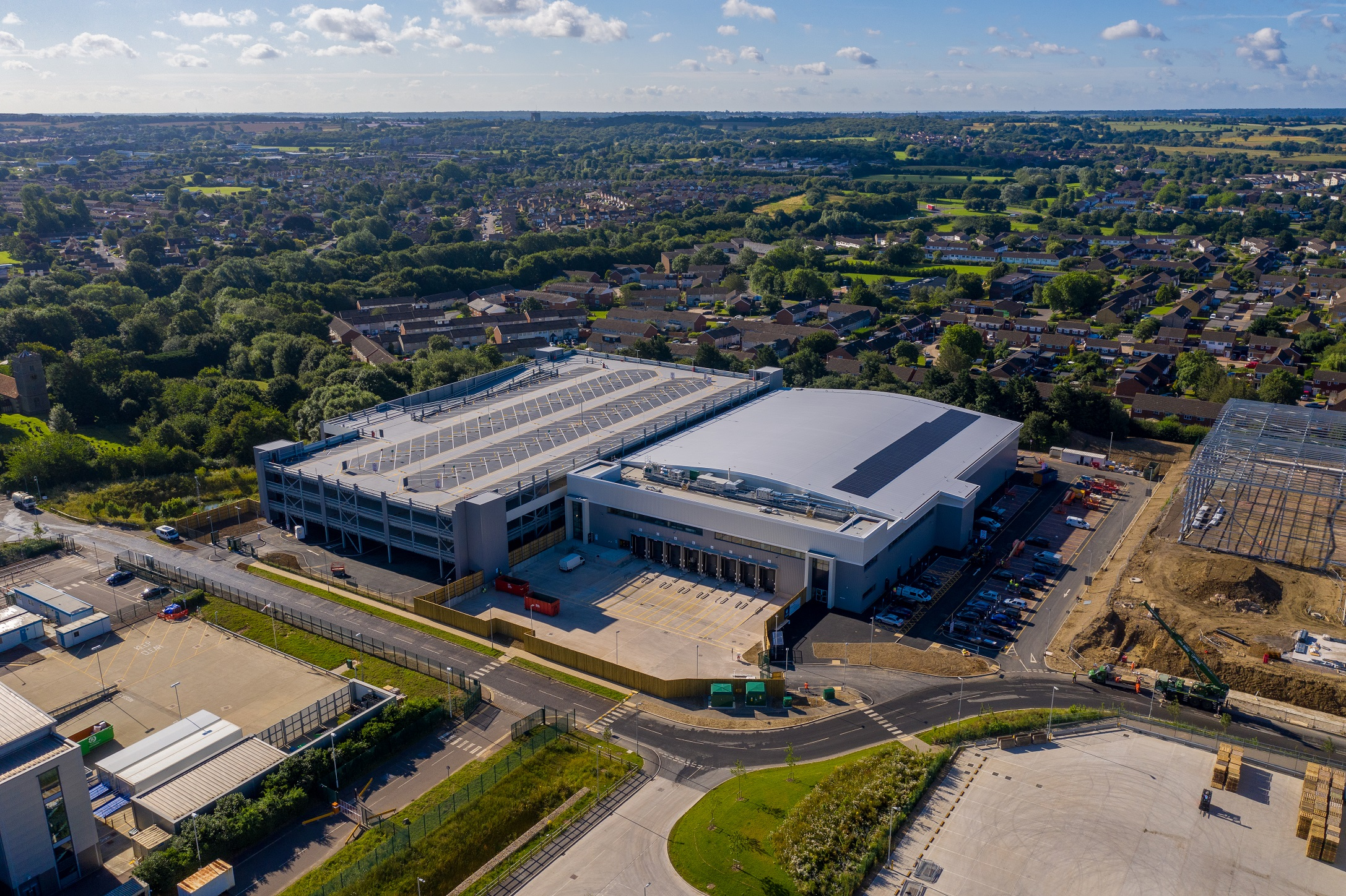 Icon Industrial delivers first of two new units in Harlow