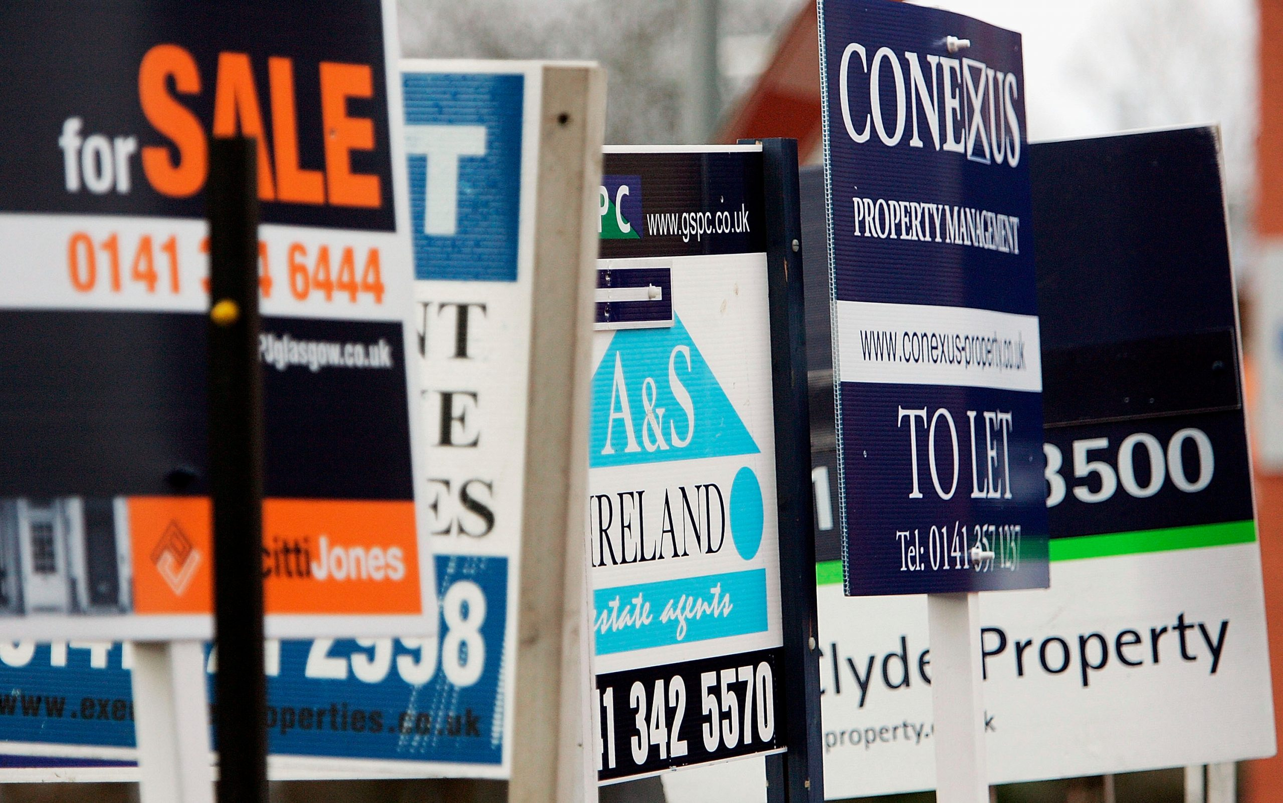 Seasonal cycle suggests house prices won't drop until summer 2022