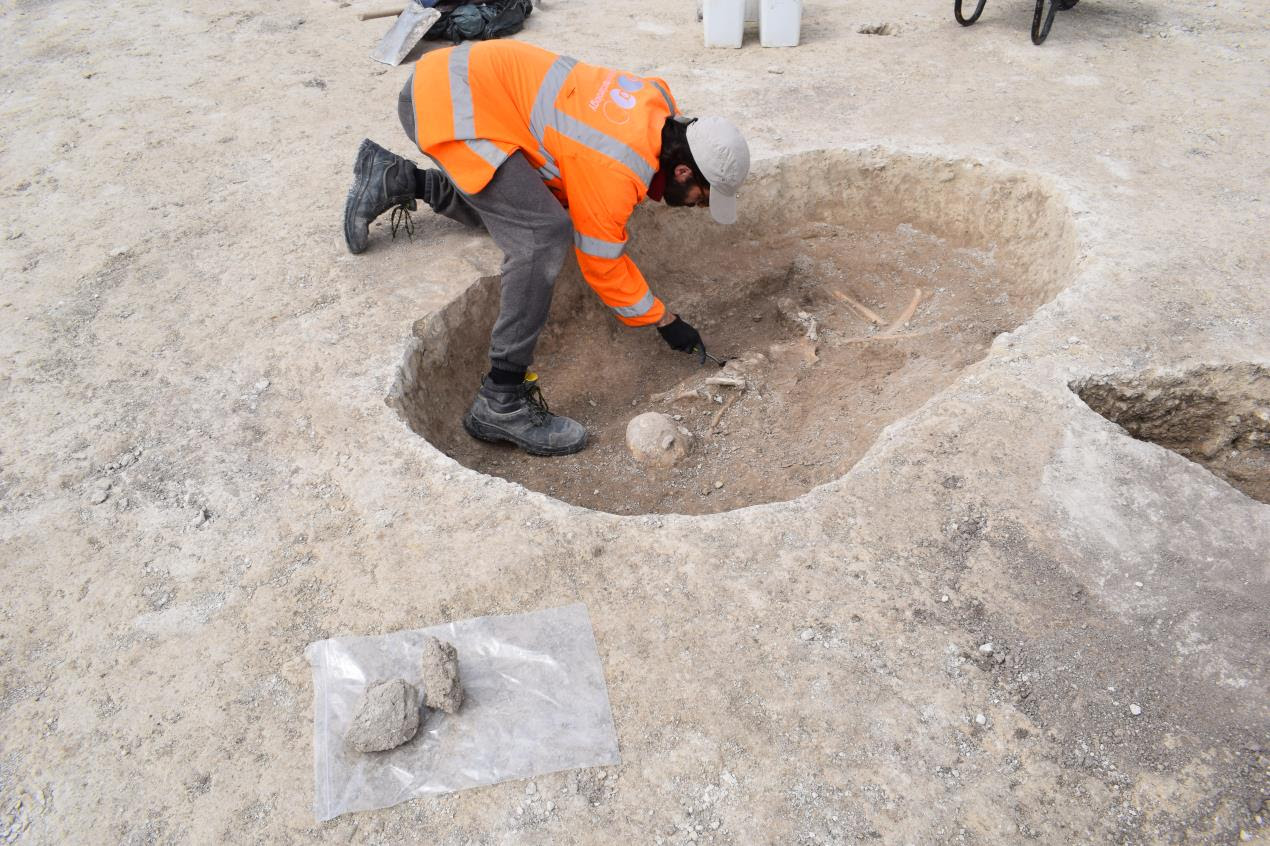 Bronze and Iron Age Skeletons Discovered at Housing Development