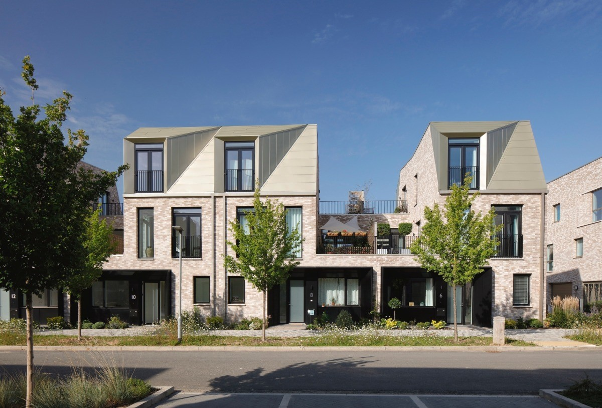 CAMBRIDGE DEVELOPMENT WINS HOUSING DESIGN AWARD FOR BEING THE MOST SUSTAINABLE RESIDENTIAL SCHEME IN UK