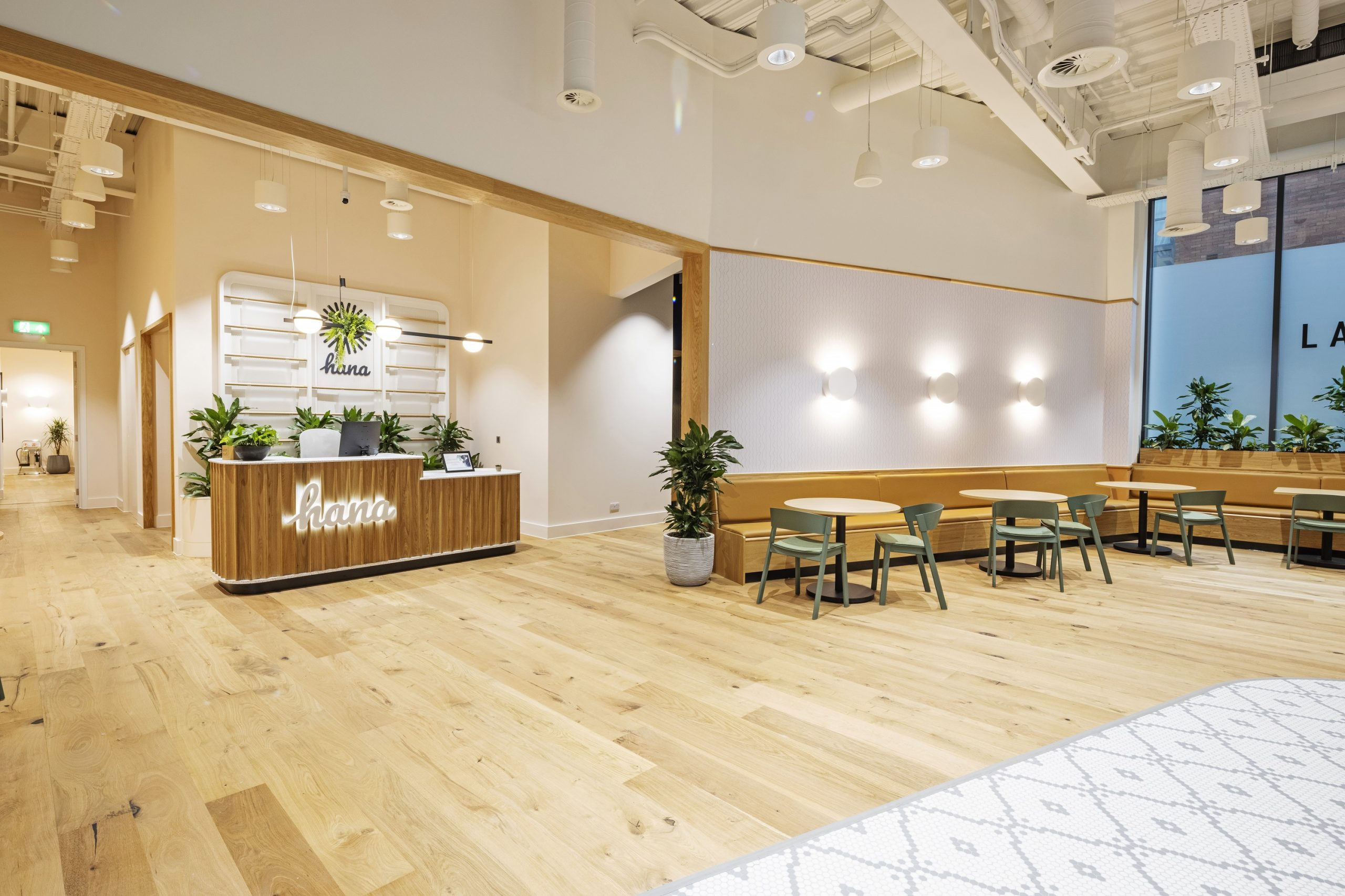 Hana by Industrious St. Peter's Square Opens its Doors at Landmark