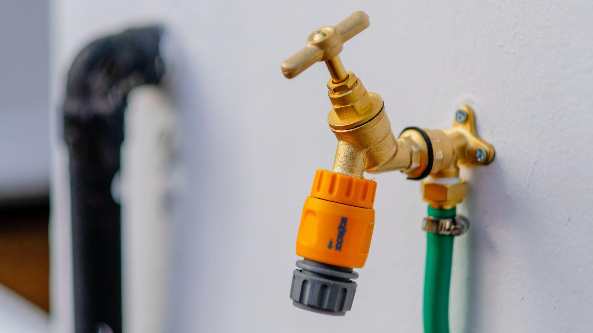 The Complete Guide to Calling a Plumber in Perth at Midnight and How It Can Save You a Ton of Money!